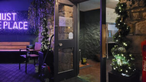 Harrisons Bar and Restaurant